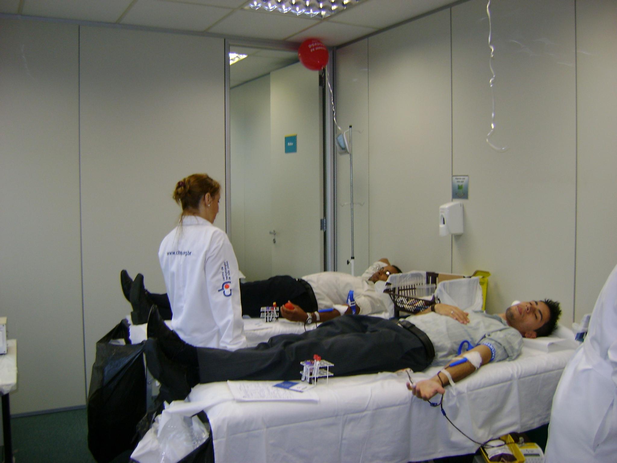 Tokio Marine realizou uma campanha de doação de sangue entre seus funcionários.